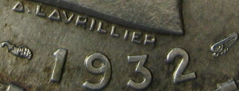 100 lei 1932 Paris - detail with the name of the engraver, the horn of plenty and with the wing that marks the chief engraver of the Parisian Mint, Lucien Bazor